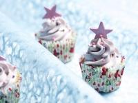 Deelishus lillac mini cup cakes