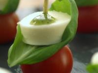 Tomato, mozzerella and basil canape
